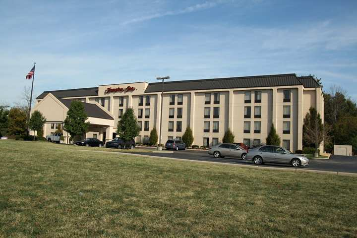 Hampton-Inn-Cincinnati-Eastgate-photos-Exterior